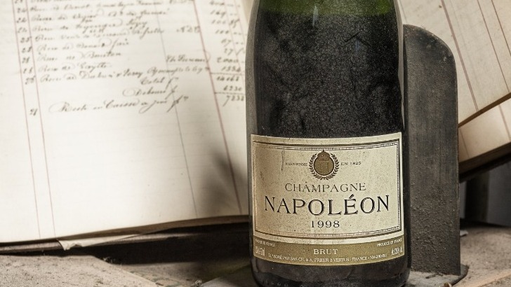 champagne-napoleon-a-vertus-champagnes-de-qualite-millesime-1998