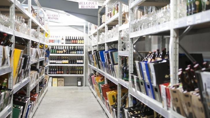 cave-du-tire-bouchon-comprend-deux-magasins-situe-a-olivet-pres-d-orleans