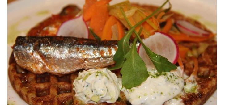 cuisine-chef-patrice-christodoulos-fait-preuve-d-une-grande-creativite-et-d-ingeniosite-pour-reveler-fait-de-mieux-avec-poissons-conserve