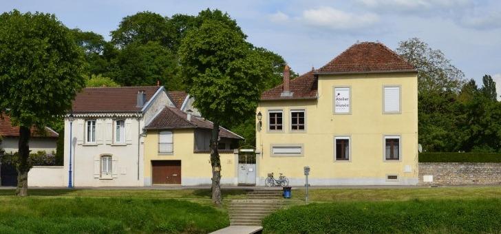 musee-de-lutherie-et-de-archeterie-francaises-atelier-du-musee