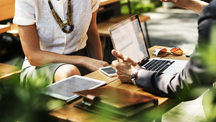 seminaire-un-incentive-un-congres-valence-romans-tourisme-tient-a-vos-cotes-pour-accompagner-vos-projets