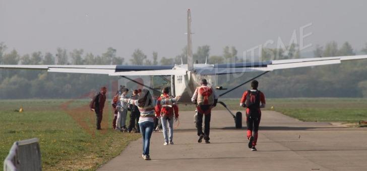 vip-parachutisme-a-paris-melun-cours-vol-parachute