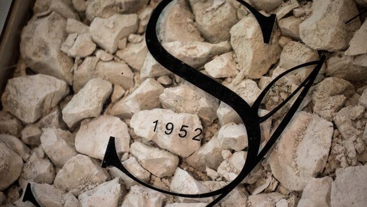 craie-caracteristique-du-sol-crayeux-d-avize-mineralite