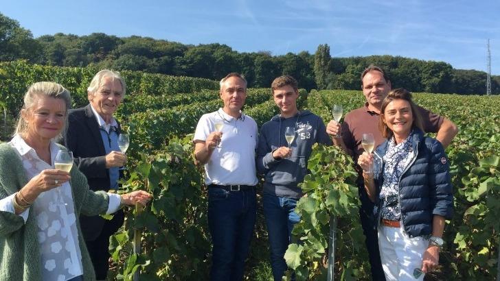 champagne-charles-ellner-a-epernay-au-milieu-des-vignes