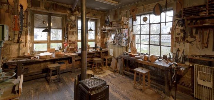 musee-de-lutherie-et-de-archeterie-francaises-un-atelier-conserve-in-situ