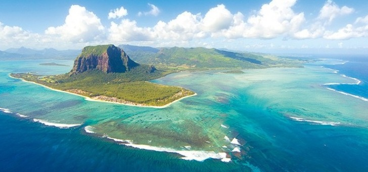 montagne-du-morne-et-son-sublime-lagon