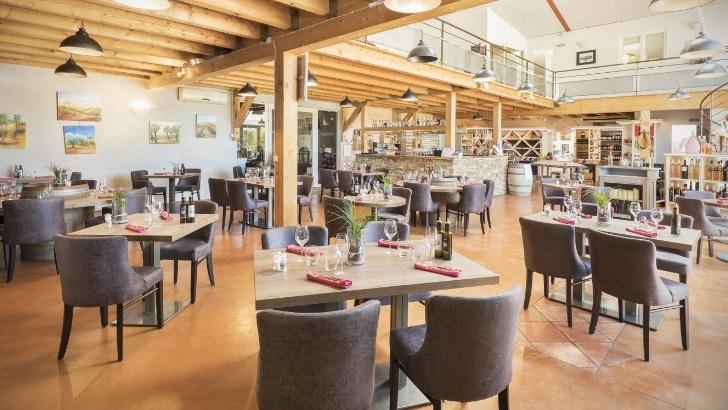 snc-terre-de-mistral-a-rousset-photo-du-restaurant-bistronomique