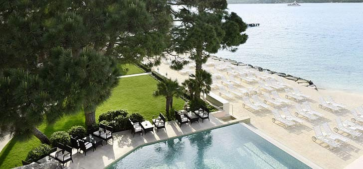restaurants-restaurant-la-vague-d-or-residence-de-la-pinede-a-saint-tropez