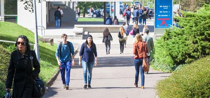 6-000-etudiants-etrangers-chaque-annee