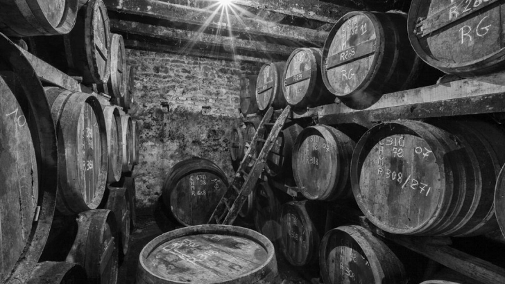 micro-barriques-de-10-litres-pour-fabriquer-du-cognac-rond-et-suave