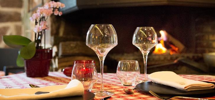 haut-jardin-avant-18h30-votre-accueil-verre-vin