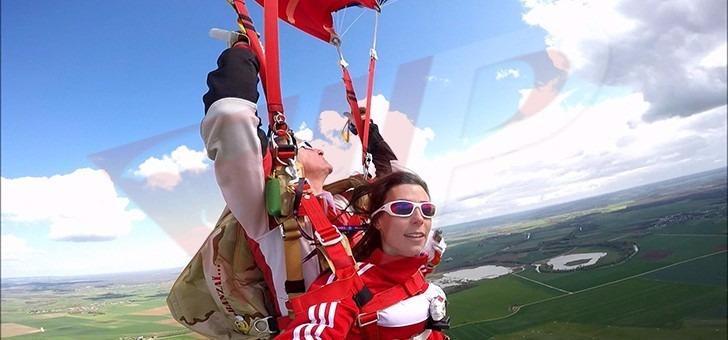 vip-parachutisme-a-paris-melun-bapteme-saut-parachute-offrez-un-saut-chute-libre