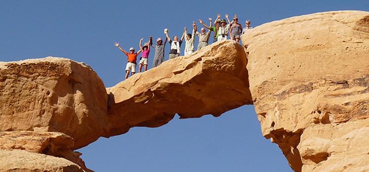 viamonts-trekking-vivez-grand-frisson-seul-groupe