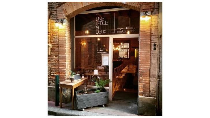 Restaurant Sarl Nigane Restaurant Une Table A Deux A Toulouse