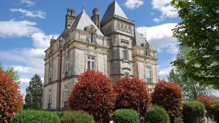 chateau-lota-a-ustaritz-siege-de-institut-culturel-basque