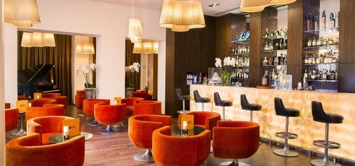 bar-cercle-park-45-joyau-gastronomique-grand-hotel-cannes