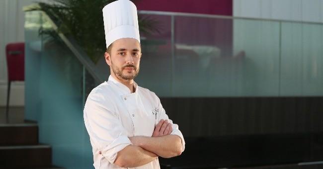 emmanuel-lebreton-chef-patissier-restaurant-assise-a-nantes