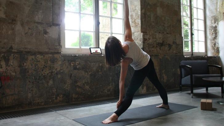 yoga-et-meditation-aident-a-prevenir-cause-de-80-des-arrets-maladies-troubles-musculo-squelettiques-tms-une-maladie-ressentie-lorsque-fait-toujours-meme-geste-est-constamment-dans-meme-position-corps-ne-dispose-pas-d-assez-de-temps-pour-recuperer