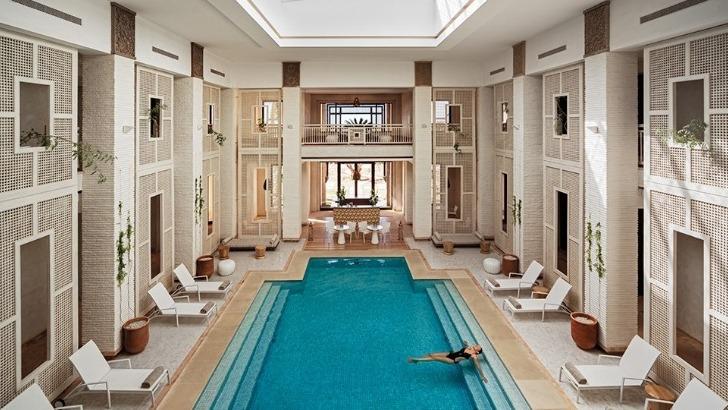 fairmont-royal-palm-a-marrakech-un-cadre-invite-a-evasion-dans-un-monde-serein