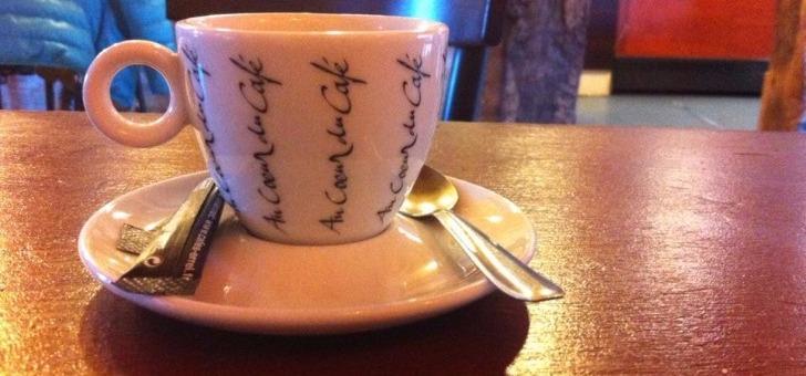 restaurant-au-bassin-a-perigueux-cafe-ambiance-conviviale-assuree