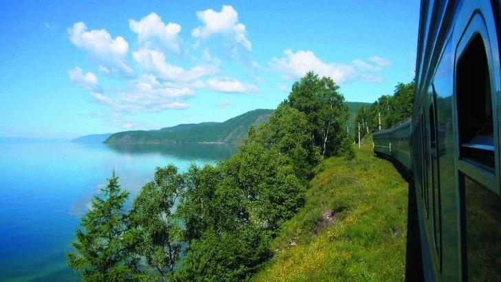 transsiberien-sur-lac-baikal-russie