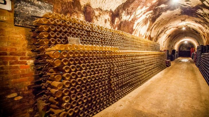 champagne-guy-charbaut-cave-de-vieillissement