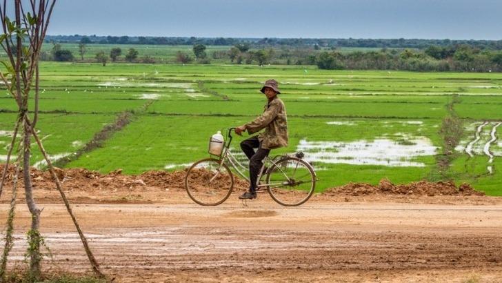 agence-seripheap-a-phnom-penh-des-voyages-sur-mesure-a-rencontre-de-population-locale