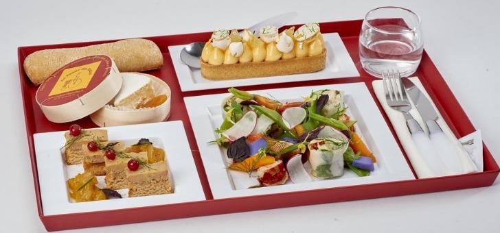 plateau-repas-roule-de-homard