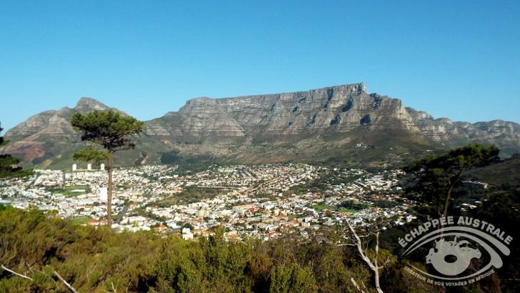 vue-sur-cape-town-afrique-du-sud-et-sur-table-mountain