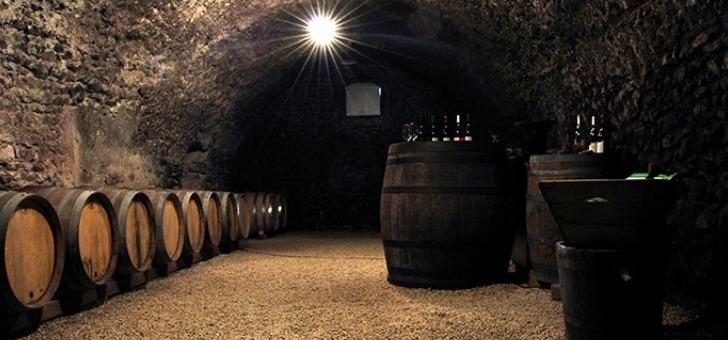 le-pays-de-dieulefit-bourdeaux-des-sejours-oenologiques-pour-connaitre-son-patrimoine-viticole-ponctues-par-des-degustations-de-vins