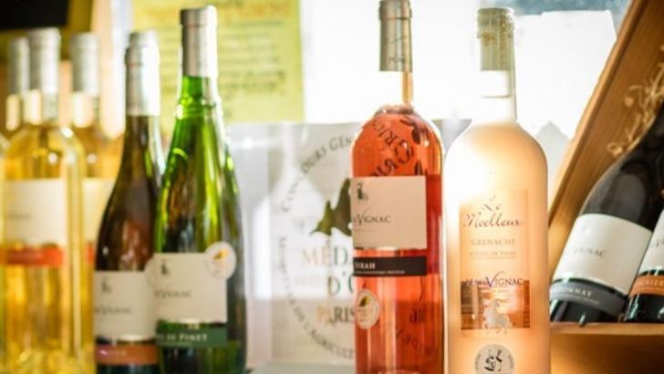 une-large-selection-de-vins