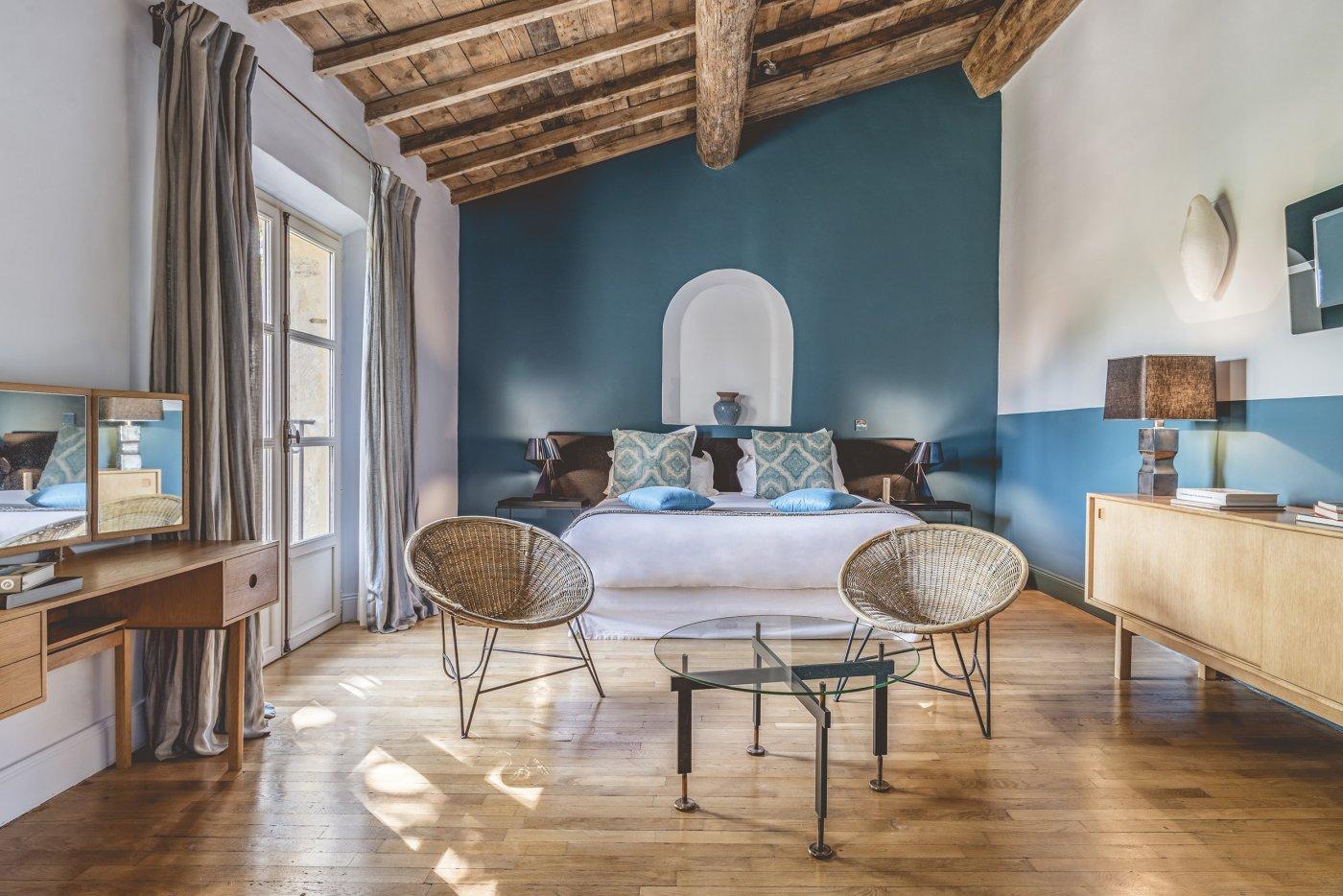 hotels-et-hebergements-hameau-des-baux-a-paradou