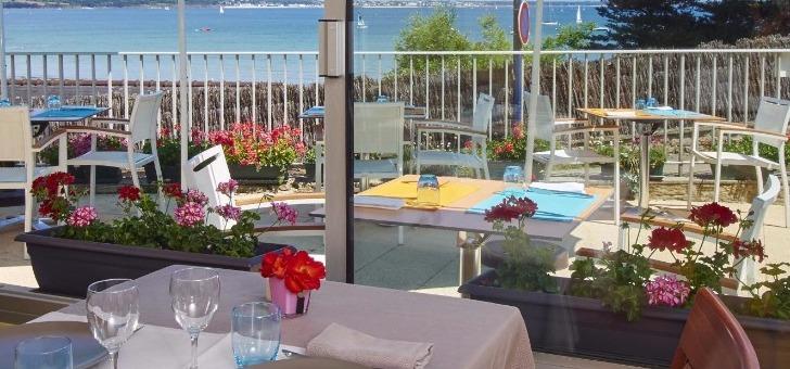 hotel-belle-vue-n-hesitez-pas-a-reserver-une-table-au-restaurant-durant-votre-sejour