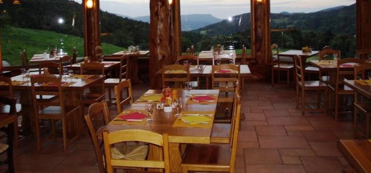 restaurant-ferme-auberge-du-rain-des-chenes-a-orbey-cuisine-gourmande-et-genereuse