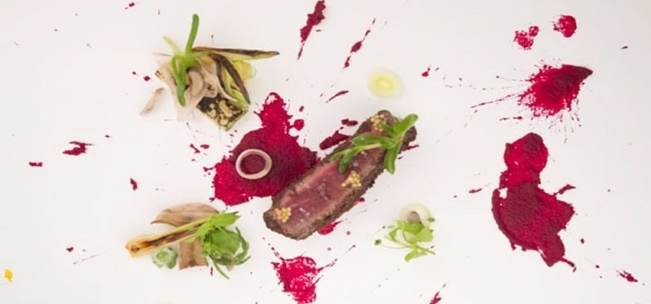 bouchee-de-boeuf-fume-au-thym-une-oeuvre-d-art-gastronomique-carte-restaurant-sens-uniques-paris-18