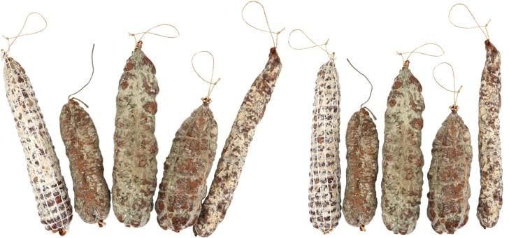 salaisons-du-mont-pilat-a-terrasse-sur-dorlay-saucissons-secs
