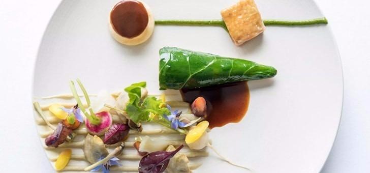 plat-gastronomique-cuisine-francaise-restaurant-table-du-boisniard-du-chateau-de-boisniard-a-chambretaud