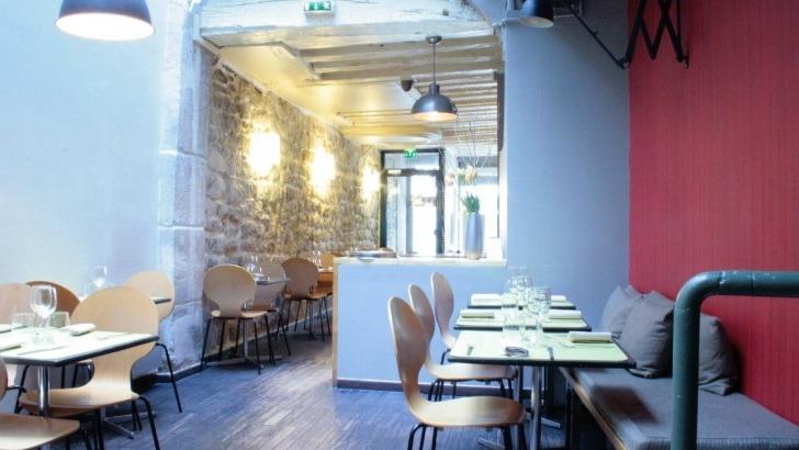 restaurant-monjul-a-paris-une-salle-conviviale-un-accueil-chaleureux-et-un-voyage-au-coeur-des-saveurs