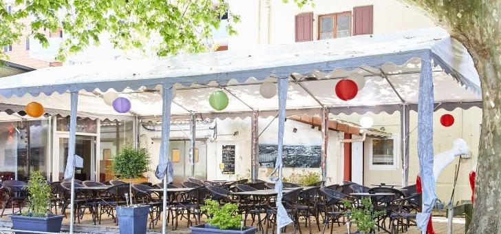 restaurant-jardin-du-pre-fleuri-a-villeurbanne-entre-cuisine-francaise-et-asiatique